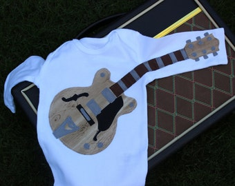 Wood Grain Electric Guitar with Double Cutaway Outfit
