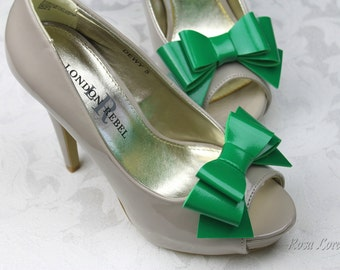 Green Vinyl Shoe Bow Clips, Green Clip on Shoe Bows, Green Bow Shoe Clips