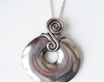 Metal disc donut and swirl pendant chain necklace - silver chain link necklace - disc pendant necklace - round large pendant