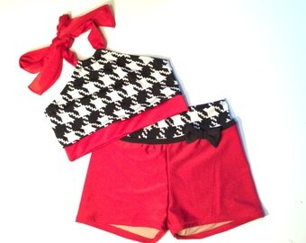 Houndstooth Print Set in Red