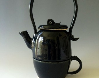 Stackable Teapot and Cup Set