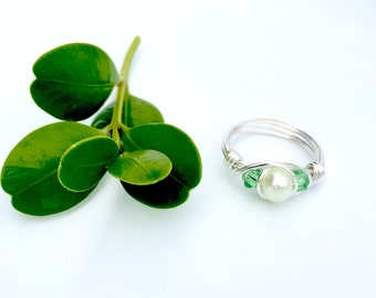 Peridot and Pearl Ring, Wire Wrapped Ring, Crystal and Pearl Ring, Birthstone Ring