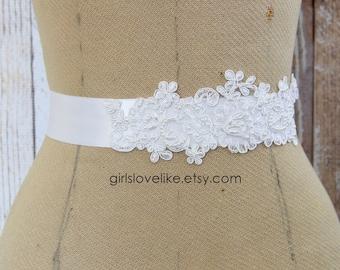 White Pearl Beaded Alencon Lace and White Ribbon Sash, Bridal White Sash, Bridesmaid Sash, Flower Girl White Sash
