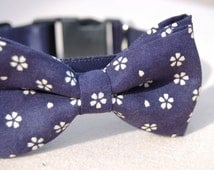 Cute Bow tie dog collar,wedding dog collar.Birthday party dog collar.Cute Navy with white flower print dog wedding collar.pet  party collar