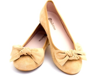 Ballet Flats Thyra Ballerina Pumps Leather Ballet Shoes in Sand color.