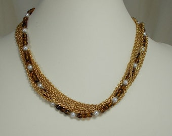 Amber and Gold Fininsh Chain Necklace  0875