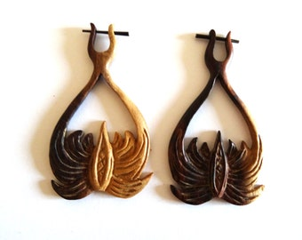 Alternative Carved Wooden Tribal Earrings - Natural Wood Fake Gauges - Palm