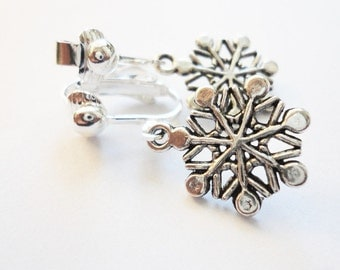Ear clips Snowflake Snow Winter