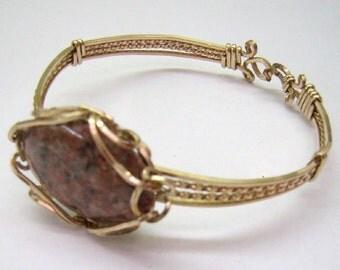 New Year Sale...Vintage Bangle Bracelet...Spun Gold Wire Bracelet...Rhodonite Stone....Wire Bangle Bracelet