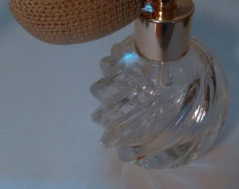 Vintage screw top perfume bottle