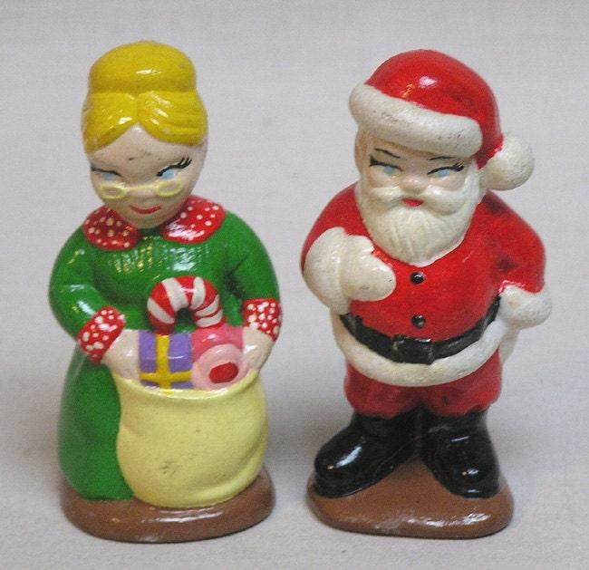 Mr and mrs santa claus figurines pair of figures