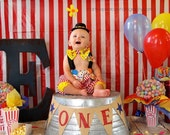 Boys Circus Outfit, Baby Clown Costume, 1st Birthday,  Carnival Photo Prop, Boys Circus Birthday, Smash cake outfit, MYSWEETCHICKAPEA