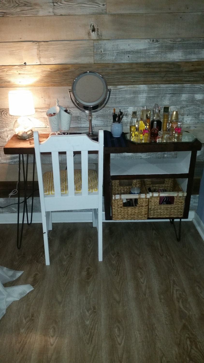 Rustic And Modern Makeup Vanity Dressing Table