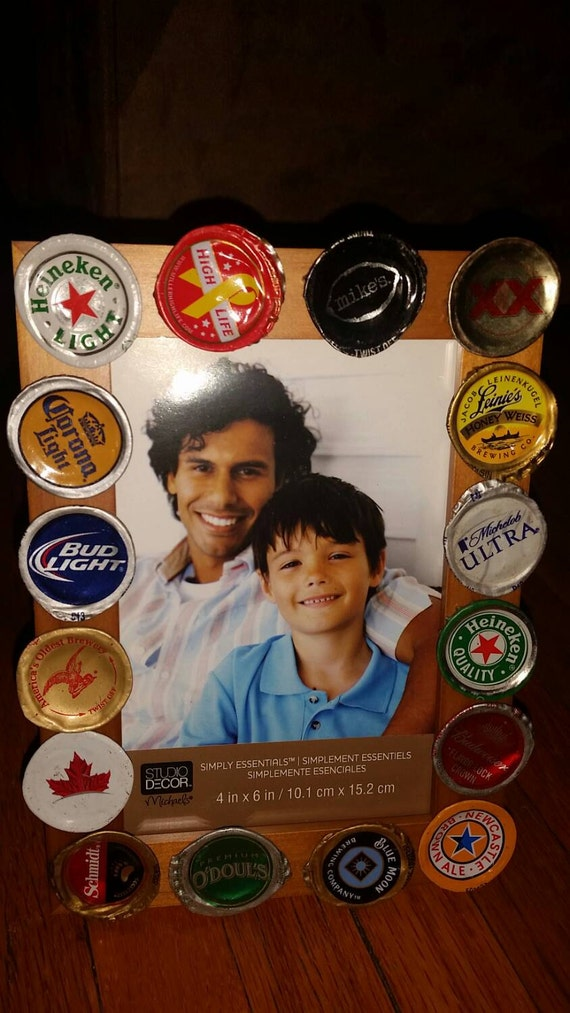 Beer bottle cap 4x6 picture frame by capstastic on etsy for Beer bottle picture frame