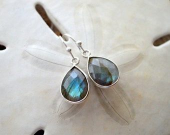 Labradorite Drop Earrings- Silver Earrings