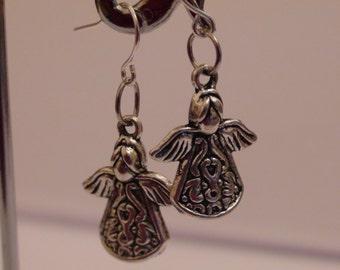 Silver tone earrings.Dangle earrings.Women's earrings.Women's jewelry.