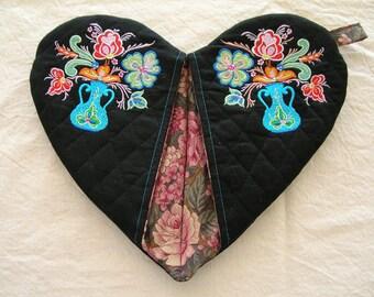 Jacobean Bouquet Embroidered Heart Shape Pot Holder #2