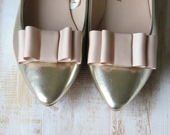Wedding shoe clips Champagne shoe clips Champagne wedding shoes Champagne shoes Cream wedding shoes Ivory wedding shoes Cream bridal shoes