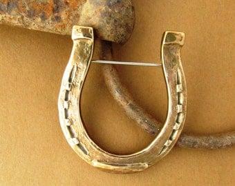 Horseshoe Brooch | Horseshoe  Pin | Horse Shoe Pin | Equistrian Gift | Horse Jewelry
