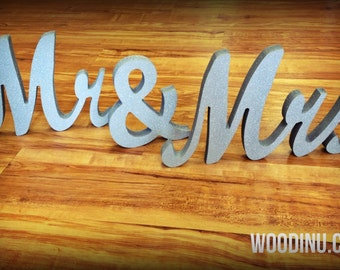 Mr and Mrs Wedding Free Standing Signs - Mr and Mrs Letters - Mr and Mrs Wedding Table Decoration - Mr and Mrs Wedding Photo Prop