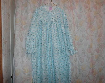 Lady's Large Flannel Night Gown - Snowflakes on light aqua background