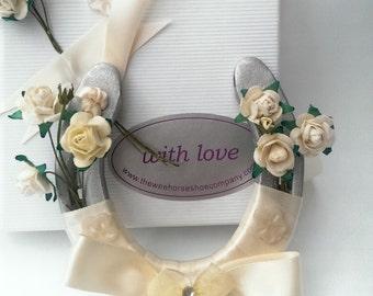 Ivory Wedding Horseshoes