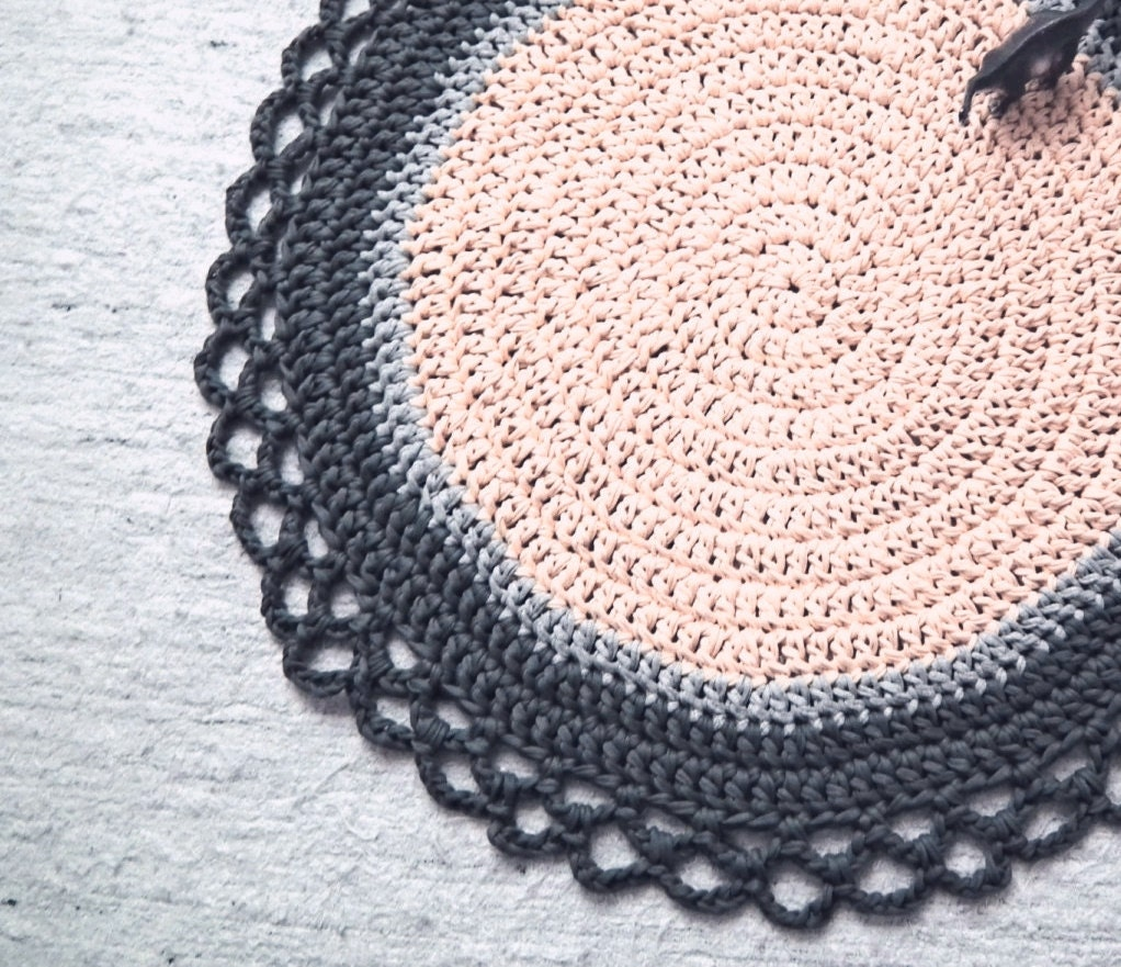 Crochet Round Rug : Chandeliers & Pendant Lights