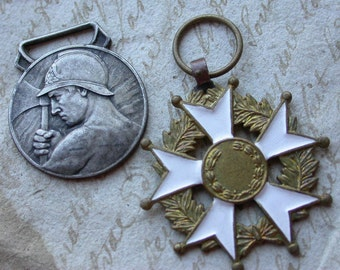 French vintage enamel bronze silver medal military medals antique military bronze coat of arm