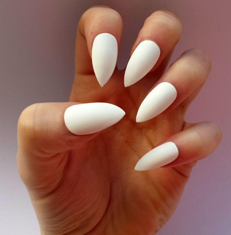 Fake nails Matte or Glossy White Stiletto false by ...