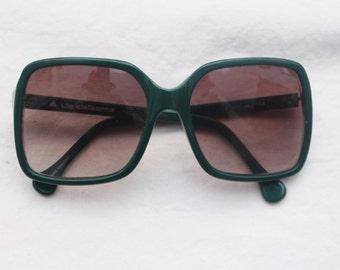 """Rare 80's Vintage """"LIZ CLAIBORNE"""" Green Frame Large Lens DESIGNER Sunglasses"""