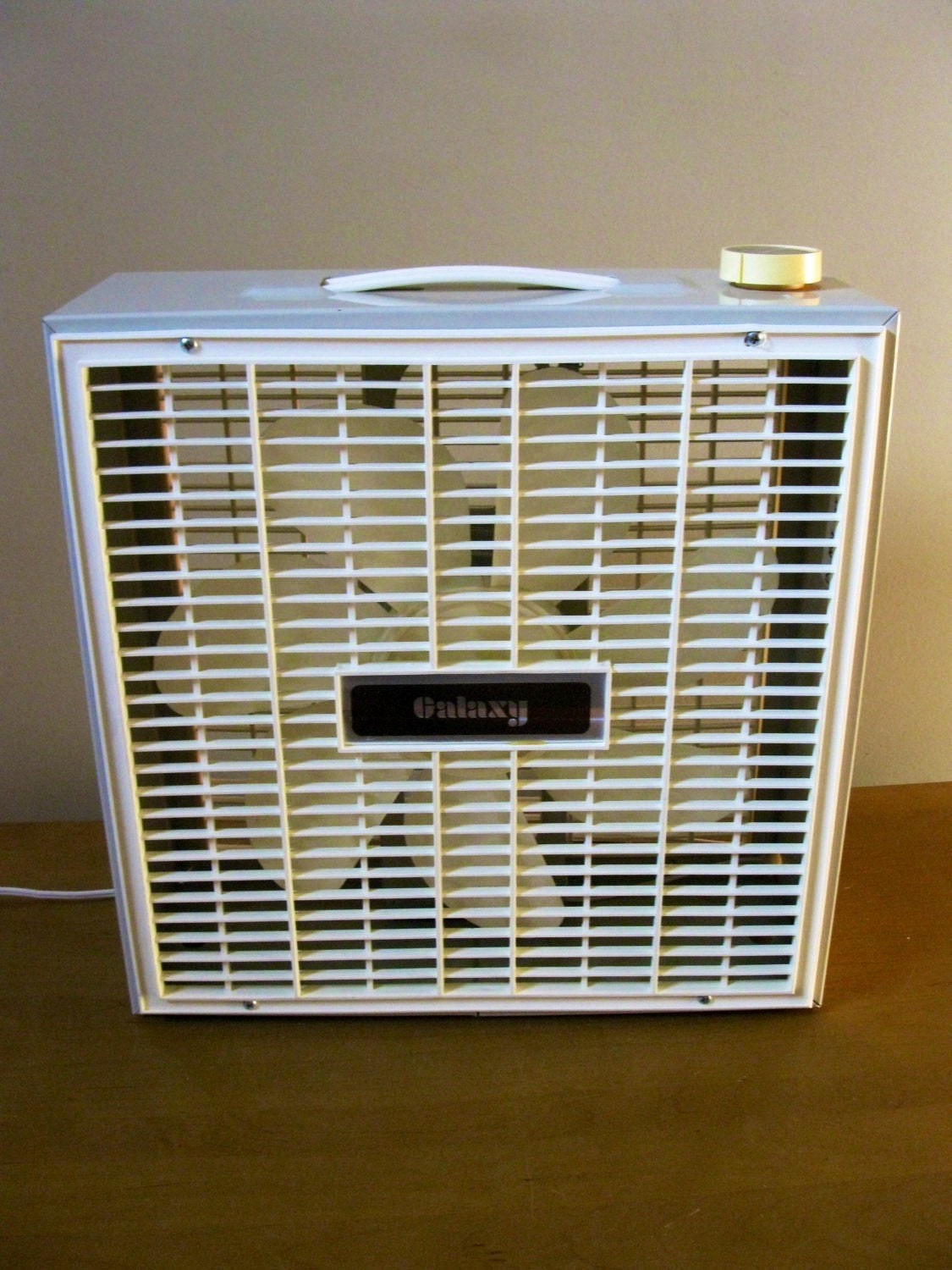 Galaxy Box Fan : Galaxy metal box fan beige electric working