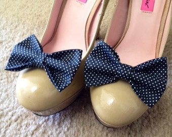 Black and White Polka Dot Shoe Bows-Shoe Clips, Shoe Accessories, Bridesmaids, Prom