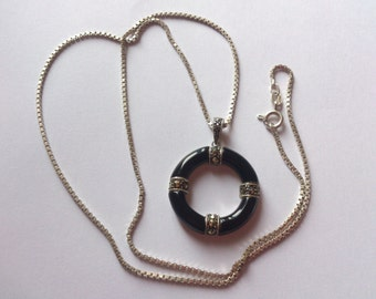 Vintage sterling silver Onyx and marcasite pendant and chain