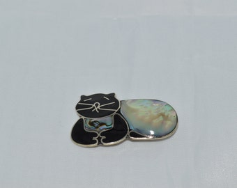 Abalone and Onyx Sitting Cat Pin