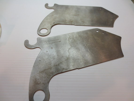 Items similar to 1935 delta table saw guard support bracket splitter on etsy Table saw splitter