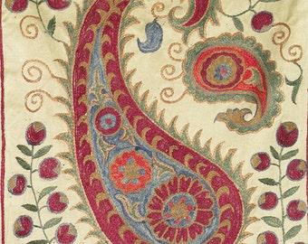 Handmade soft silk suzani fabric from Bukhara Uzbekistan 5079