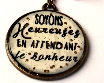 FRENCH QUOTE NECKLACE - Soyons heureuses... necklace - french quote pendant - quote jewelry - black and white - glitter necklace - for her