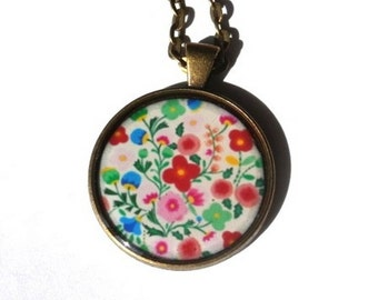 Flower necklace, flowers pendant, flowers jewelry, floral handmade necklace, flowers vintage necklace jewelery, colorful flowers, floral