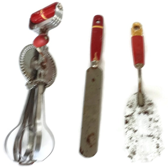 Kitchen Tools Rusty Wood Handles Red Set Of Three