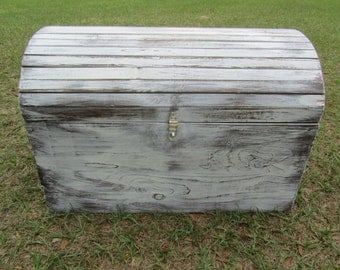 WOOD TRUNK,WOOD chest,shabby chic Box, storage chest, trunk, Cottage Decor, Vintage Box, Painted box, White, Rustic Decor, Treasure Chest