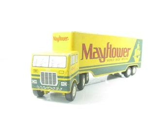 Vintage Mayflower truck,toy truck ,metal truck,collectible toy,green truck,martar,USA,collectible truck,semi truck,tractor trailer,old toy,