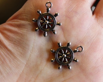 6 tibetan style boat helm pendants/charms, antique silver, 23 mm x 19 mm x 3.5 mm, hole 2 mm, lead and nickel free