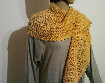 Golden yellow knitted Leinenschal or stoles