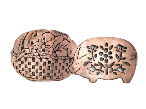 Vintage copper trivets metal pig and basket pan rest farmhouse decor