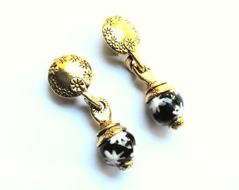 METAL POINTU'S PARIS. Vintage french earrings