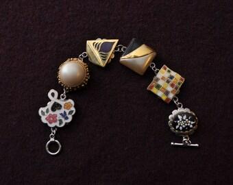 White & Gold Vintage Bracelet (Item#BV9)