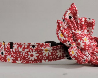 Cat Collar or Kitten Collar with Flower or Bow Tie - Walk in the Park