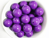Set of 10 Bright Purple Solid Acrylic Bubblegum Beads. 20mm. Gumball Necklace. Chunky Beads.