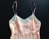 YOLANDE 30s 40s melon bias cut silk crepe-de-chine full slip with ivory lace / XS / size 32