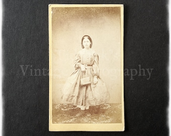 Carte de Visite CDV Photograph of a Young Woman Holding a Handbag - Photographer Unknown